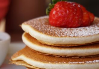 pancakes-2801959_1920